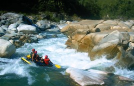 White water raft down the Rio Plantano River